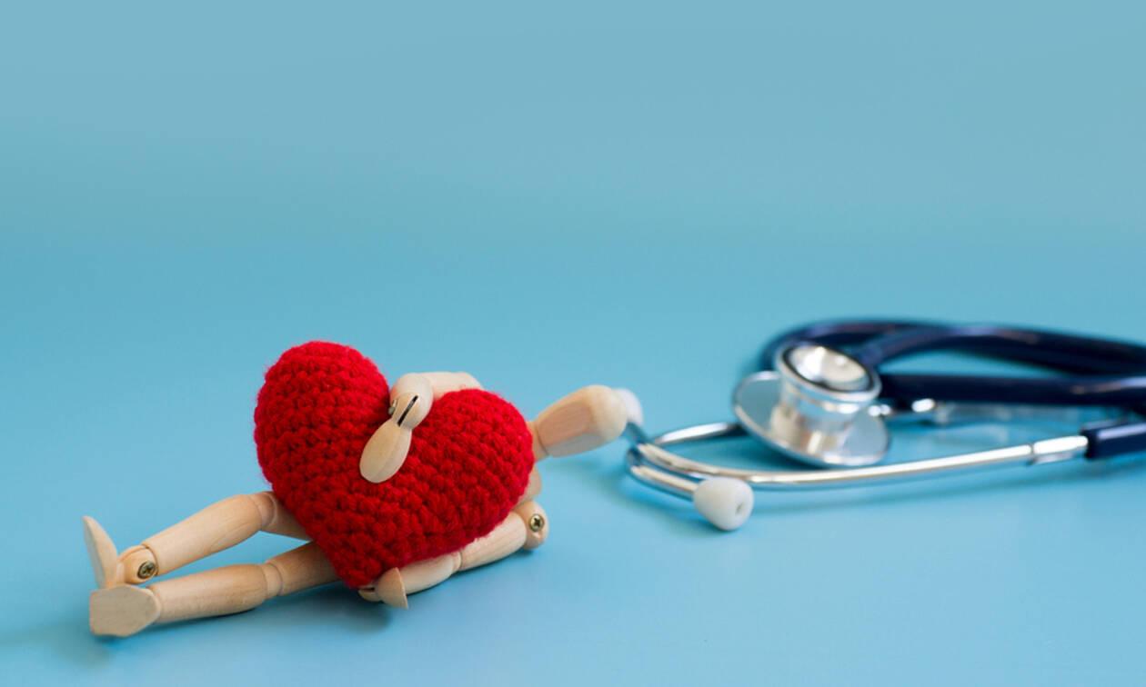Προσοχή! Τα 10 σημάδια που δείχνουν ότι κάτι δεν πάει καλά με την καρδιά σας (εικόνες)