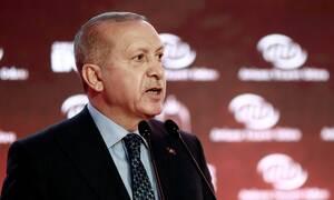 Τουρκία: Στριμωγμένος ο Ερντογάν - Αυξάνει το «χαράτσι» για όσους αλλάζουν τις λίρες