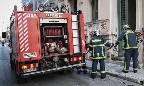 Φωτιά σε υπόγειο πάρκινγκ στον Χολαργό