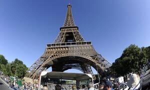 Γαλλία: Ένα γιγαντιαίο καινούργιο πάρκο για τον Πύργο του Άιφελ (vid)