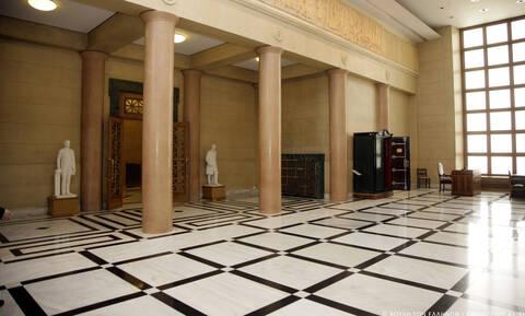Βουλή: Το μυστικό δωμάτιο που «κρυβόταν» 40 χρόνια - Τι βρήκαν μέσα (pics)