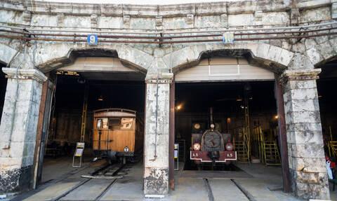 Αυτό είναι το νέο Σιδηροδρομικό Μουσείο στον Πειραιά και είναι εντυπωσιακό! (pics&vid)
