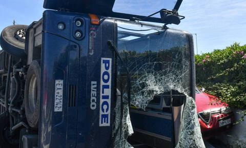 В результате ДТП в районе Коринфа пострадали 7 человек