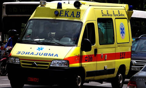 Νέα τραγωδία στη Μυτιλήνη: Ένας νεκρός και δύο τραυματίες μετά από σφοδρή σύγκρουση μηχανών (pics)