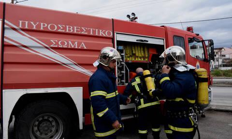 Πυρκαγιά σε πλοίο στην Δραπετσώνα