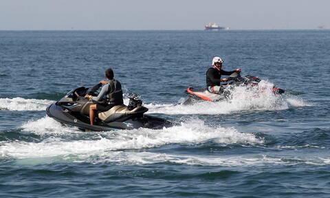 Απαγόρευση στην κυκλοφορία ατομικών σκαφών και τζετ σκι από το Λιμεναρχείο Πειραιά