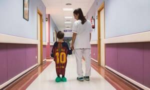 Φανταστική ιδέα! Νοσοκομείο έφτιαξε τις πιο πρωτότυπες ρόμπες για παιδιά (vid)