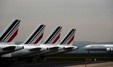 Συναγερμός στην Air France: Βρέθηκε επικίνδυνο βακτήριο σε σάντουιτς