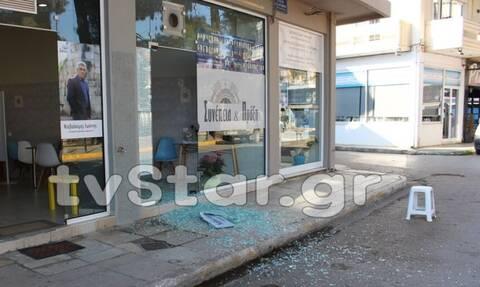 Γυαλιά καρφιά εκλογικό κέντρο υποψηφίου δημάρχου - Δείτε που συνέβη