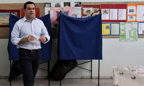 PM Tsipras urges voters to choose 'progressive candidates' in second round of local elections