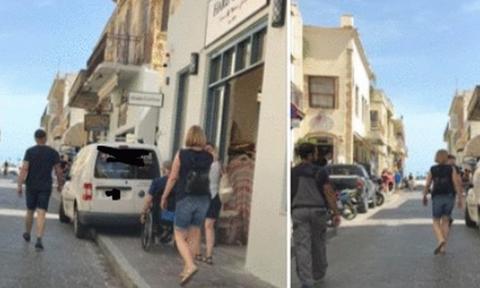 Η καταπληκτική απάντηση του οδηγού με το παράνομο παρκάρισμα που έγινε viral