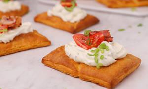 Η συνταγή της ημέρας: Ταρτάκια με μπέικον και ντοματίνια