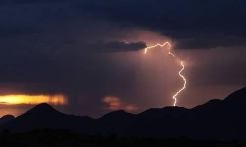 Έκτακτο δελτίο ΕΜΥ: Έρχονται καταιγίδες και χαλαζοπτώσεις - Πού θα χτυπήσουν τα έντονα φαινόμενα