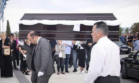 Γιώργος Ξενίδης: Το τελευταίο «αντίο» από συγγενείς, φίλους και πρώην συμπαίκτες