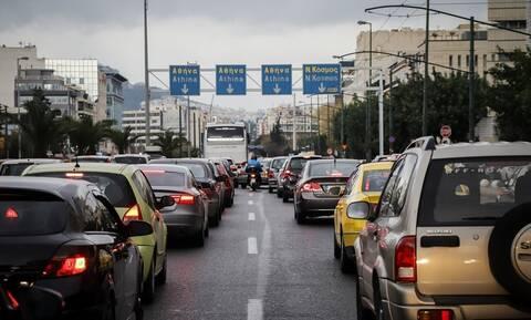 Κυκλοφοριακό χάος στην Αθήνα: «Παρέλυσε» η Συγγρού - Τεράστιο μποτιλιάρισμα σε Κηφισό, παραλιακή