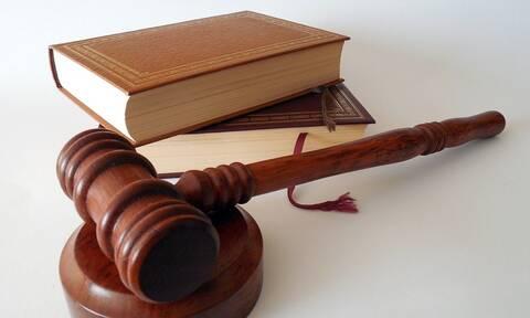 Ένωση Εισαγγελέων: Kίνδυνος για μαζικές αποφυλακίσεις