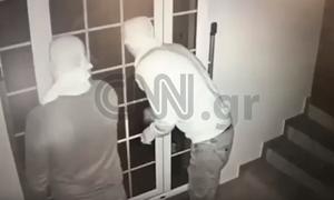 Αποκλειστικό CNN Greece: Καρέ - καρέ η δράση της σπείρας που «ξάφριζε» ποδοσφαιριστές (vid)