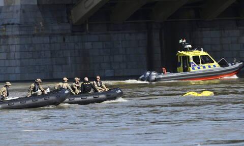 Τραγωδία δίχως τέλος στη Βουδαπέστη: Νέο πτώμα ανασύρθηκε από το ναυάγιο στον Δούναβη (vid)