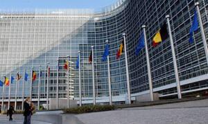 «Καμπανάκι» από τους δανειστές: Δημοσιονομική «νάρκη» 2,5 δισ. ευρώ οι παροχές Τσίπρα για το 2019