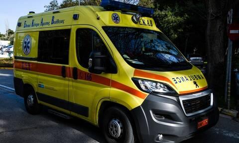 Σοβαρό τροχαίο στη Χαλκίδα: Ηλικιωμένος οδηγός «θέρισε» δύο μηχανές