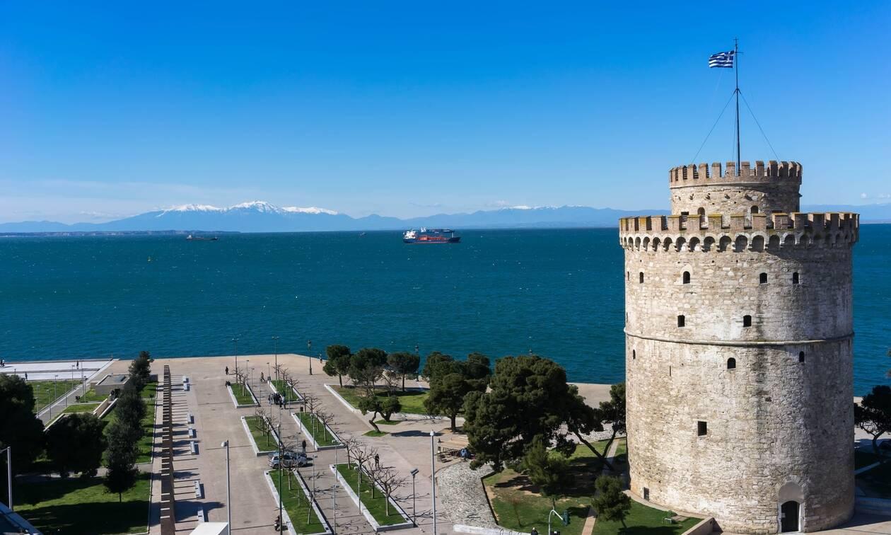 Θεσσαλονίκη: Πήγε στον κάδο σκουπιδιών και έμεινε με το στόμα ανοιχτό με αυτό που είδε (pics)