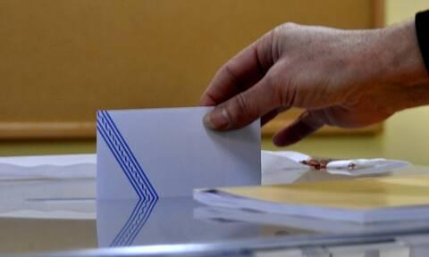 Εκλογές 2019: Επικό τρολάρισμα - ψήφος σε κάλπη (photo)