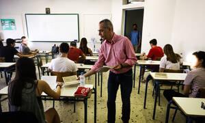Πανελλήνιες - Πανελλαδικές 2019: Άρχισαν οι εξετάσεις με Νεοελληνική Γλώσσα - Έκθεση στα ΕΠΑΛ