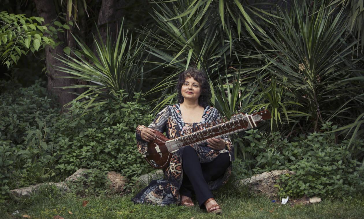 Η διεθνώς αναγνωρισμένη ερμηνεύτρια της world jazz Νάνα Σιμόπουλος στο Μέγαρο Μουσικής