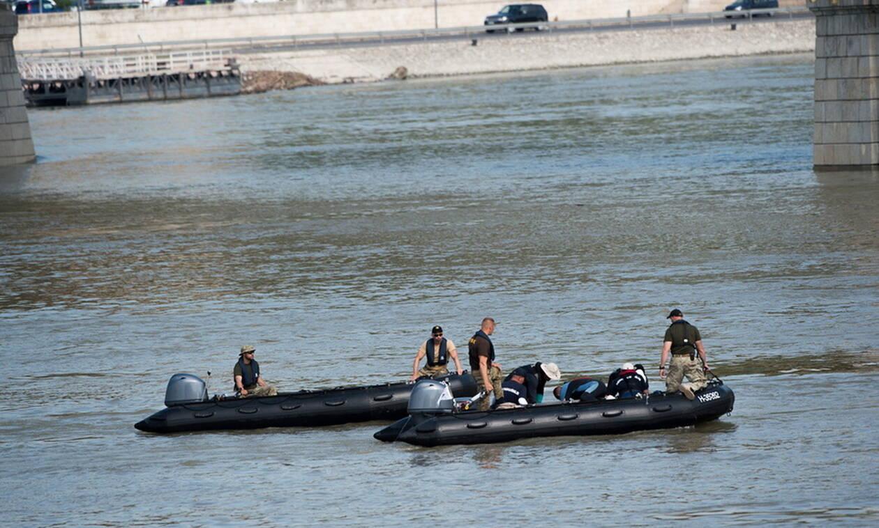 Ναυάγιο στη Βουδαπέστη: Άλλα δύο πτώματα ανασύρθηκαν από τον Δούναβη (pics)