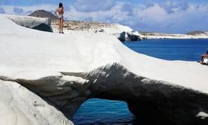 Η παραλία «φαινόμενο» βρίσκεται στην Ελλάδα και είναι το Σαρακήνικο