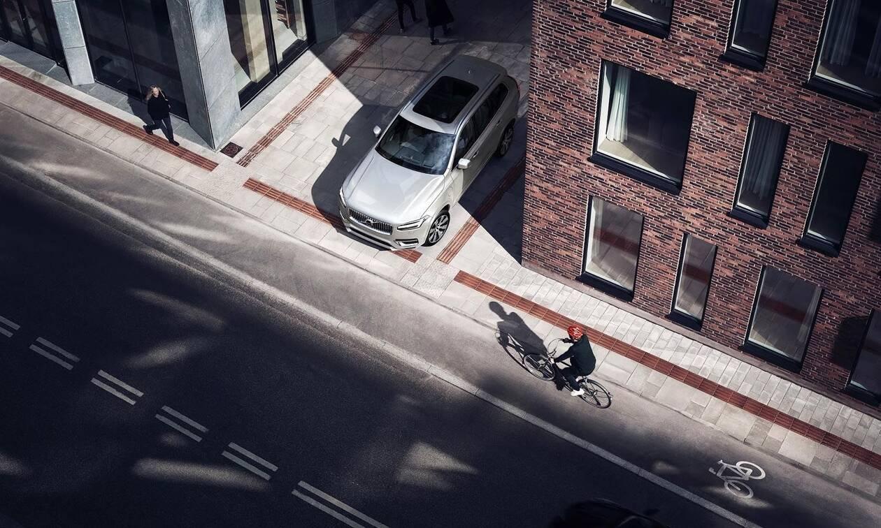 Volvo & POC: Το πρώτο crash test στον κόσμο για κράνη ποδηλάτου!