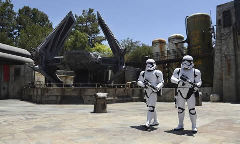 Το Star Wars: Galaxy's Edge είναι ΕΔΩ! Δείτε φωτογραφίες