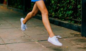 Πώς θα κάνεις τα καινούργια σου παπούτσια σου να ανοίξουν και να μη σε «χτυπάνε»