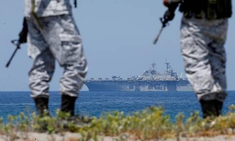 Φιλιππίνες: Παραλίγο σύγκρουση ρωσικού και αμερικανικού πολεμικού πλοίου