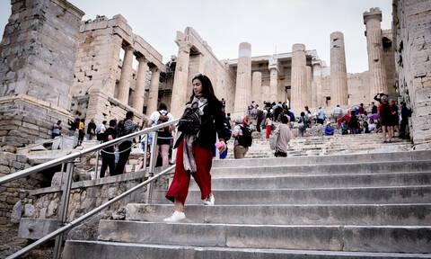 Καρατομήσεις για το φιάσκο στην Ακρόπολη: Παραιτήσεις ζήτησε η Μυρσίνη Ζορμπά