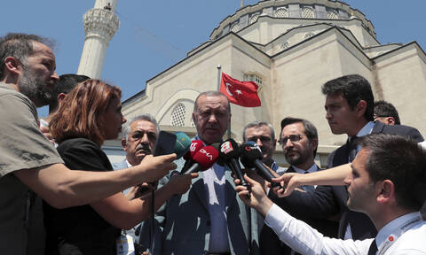 Δραματικές εξελίξεις: Ο Ερντογάν έστειλε φρεγάτες στην κυπριακή ΑΟΖ