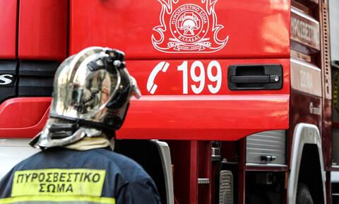 Συναγερμός στην Αττική Οδό: Στις φλόγες αυτοκίνητο