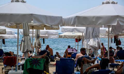 Καιρός: Μίνι καύσωνας με θερμοκρασίες άνω των 38 βαθμούς Κελσίου - Γέμισαν οι παραλίες