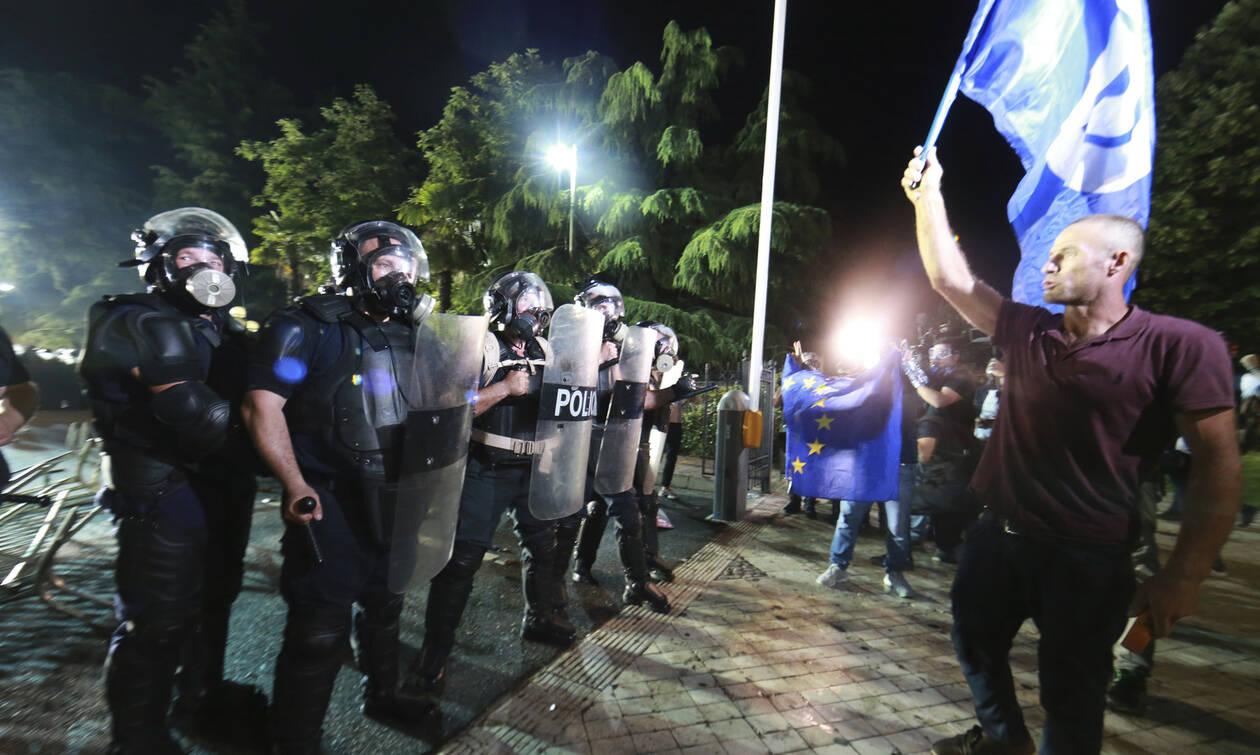 Δραματική η κατάσταση στη Αλβανία: Χάος και επεισόδια μετά την ακύρωση των εκλογών (pics)