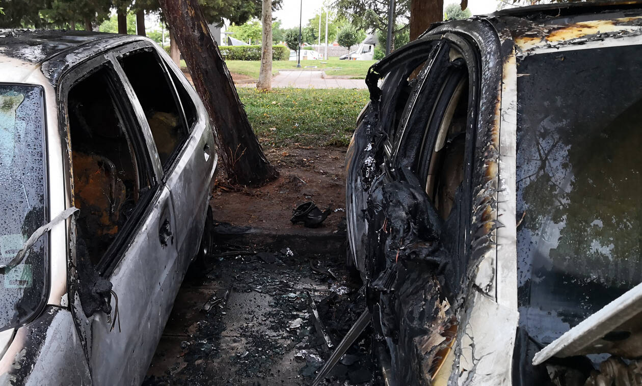 Turkish diplomatic vehicles targeted inThessaloniki