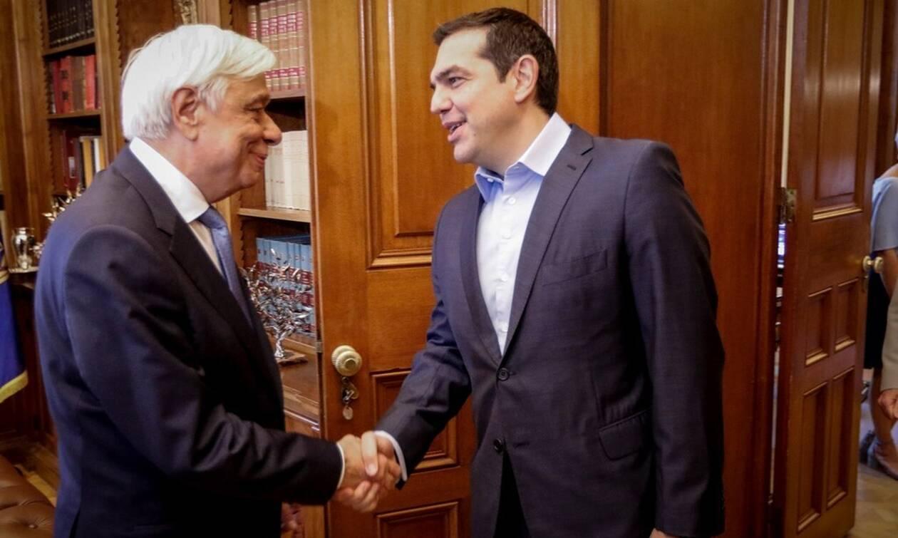 LIVE: Ο Αλέξης Τσίπρας στον Παυλόπουλο – Προκηρύσσονται και επίσημα εθνικές εκλογές