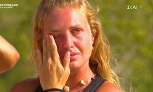 Survivor: Ξέσπασε σε κλάματα η Δαλάκα όταν άκουσε την ανακοίνωση του Τανιμανίδη