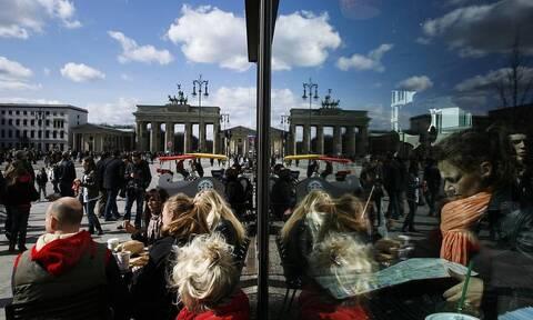 Visa прогнозирует увеличение трат россиян на отдых за границей летом