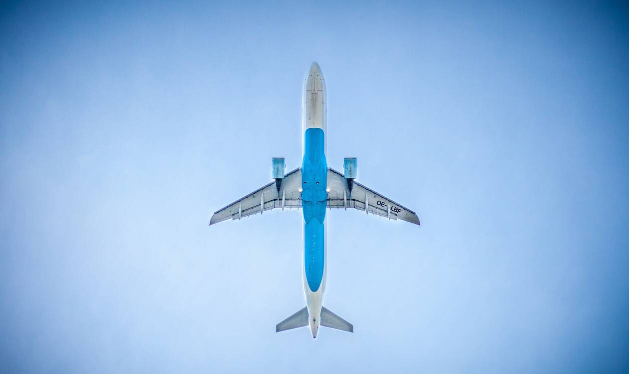 airplane-983991_1920.jpg