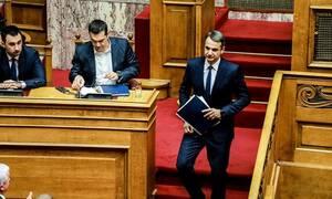 Τα φορολογικά προγράμματα ΣΥΡΙΖΑ και ΝΔ – Οι διαφορές και η «μάχη» για τη μεσαία τάξη
