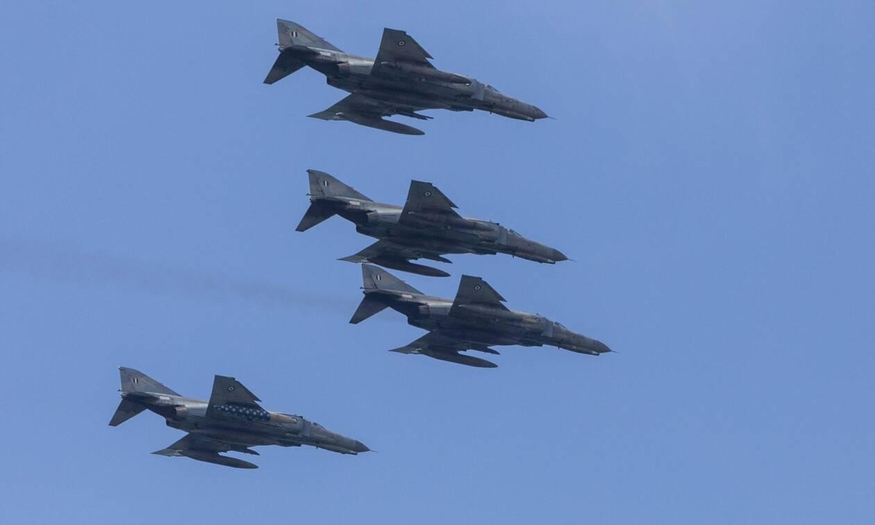 Νέες προκλήσεις στο Αιγαίο: Δύο τουρκικά F-16 πέταξαν πάνω από την Κίναρο