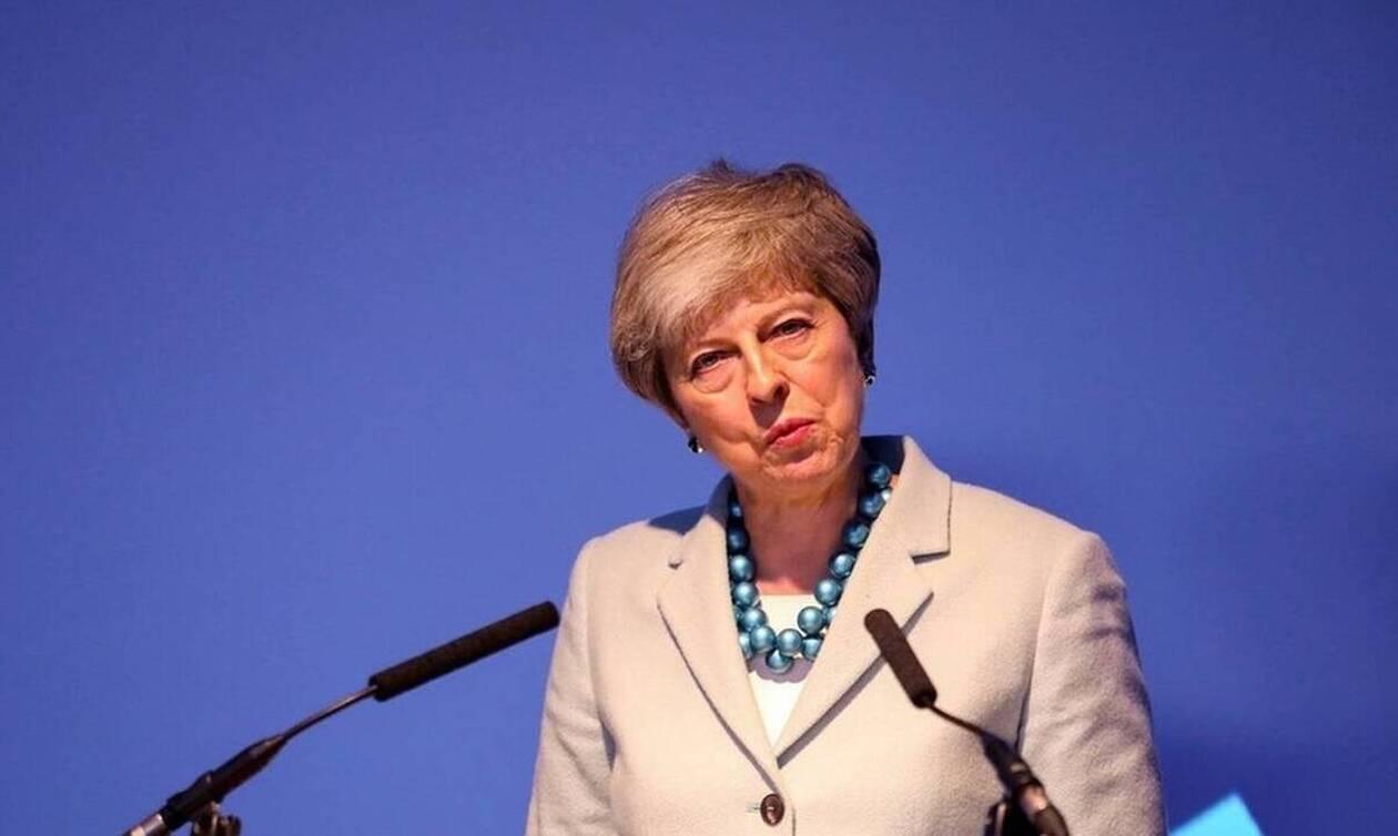 Βρετανία: Πώς και πότε θα επιλεγεί ο διάδοχος της Τερέζα Μέι