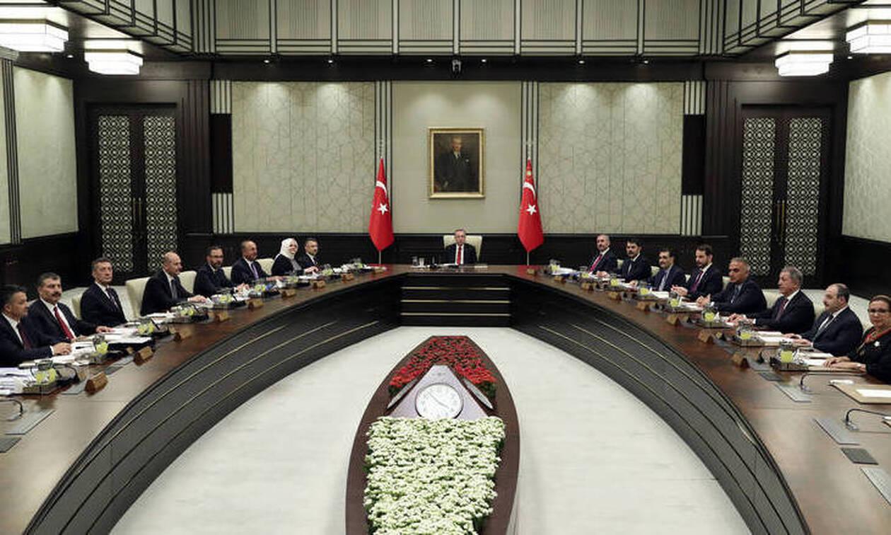 Δραματικές εξελίξεις στην Τουρκία: Εγκλωβισμένος ο Ερντογάν και χωρίς συμμάχους