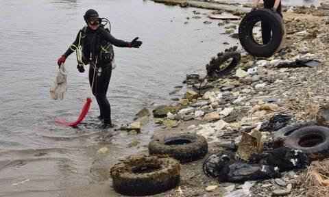 ΑLL FOR BLUE: «Ψάρεψαν» 202 τόνους σκουπιδιών από το βυθό του Αιγαίου