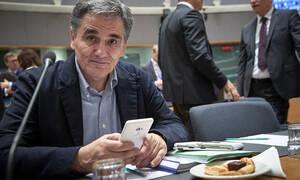 Τελευταίο eurogroup - με γκρίνιες - για τον Τσακαλώτο